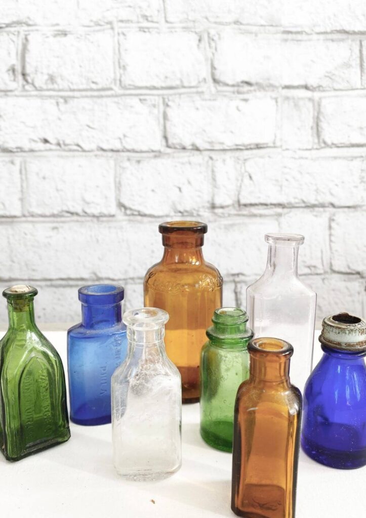 Name-Colourful Glass Bottles_Tag-Vignettes_Collection_Fall