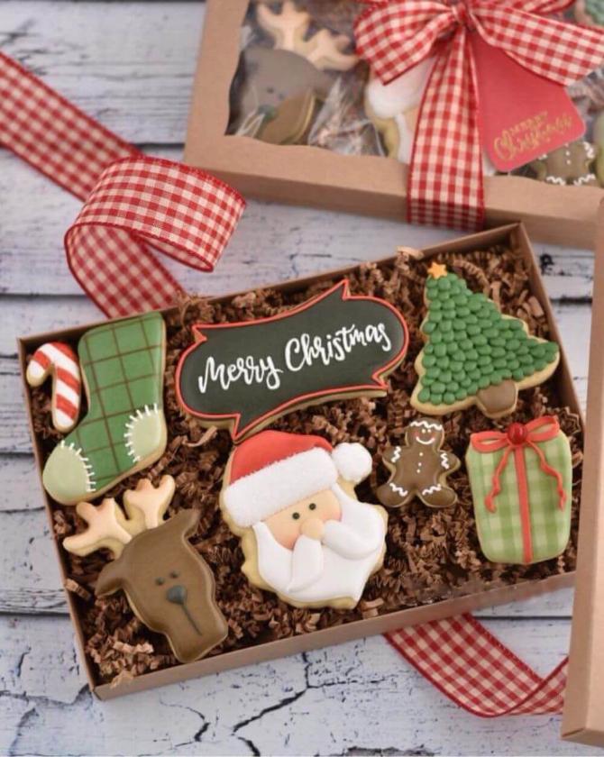 Name-Merry Christmas in a BoxName-Merry Christmas_Tag-Celebrations Vignettes_Season-Winter Christmas