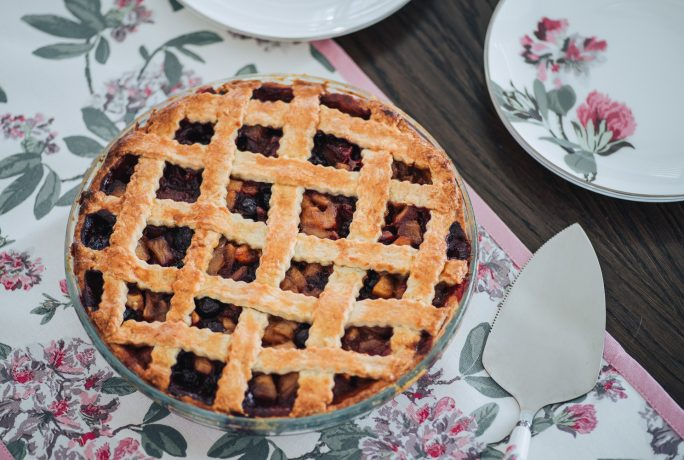 Delicious Apple and Blueberry Pie