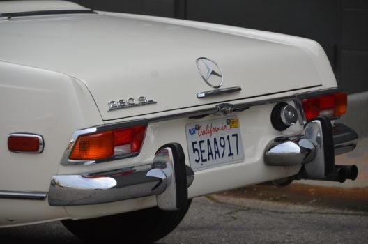 "1968 Mercedes Benz 280SL ""Pagoda"""