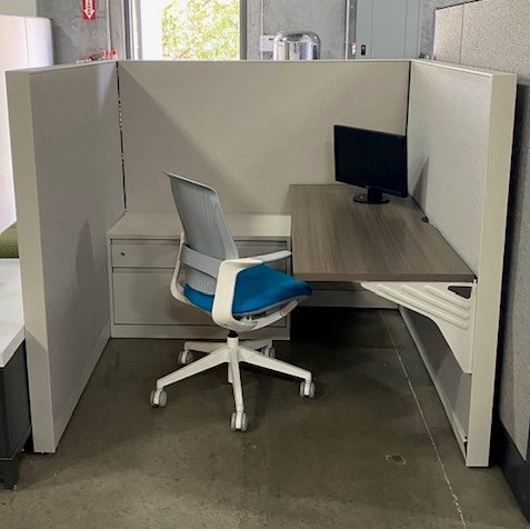 Steelcase Avenir Pre-Owned Cubicles for sale