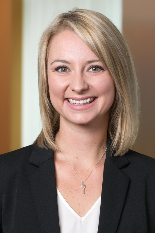 Stephanie Brooker, Jones Day IP Legal Intern