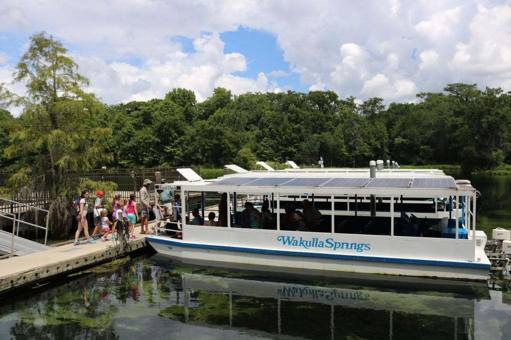wakulla-springs-riverboat-tour