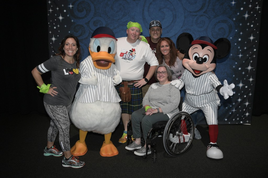 #CignaRunTogether - Mickey Photo
