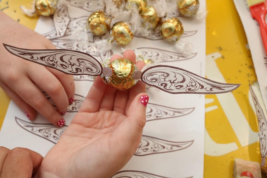 DIY Harry Potter Golden Snitch