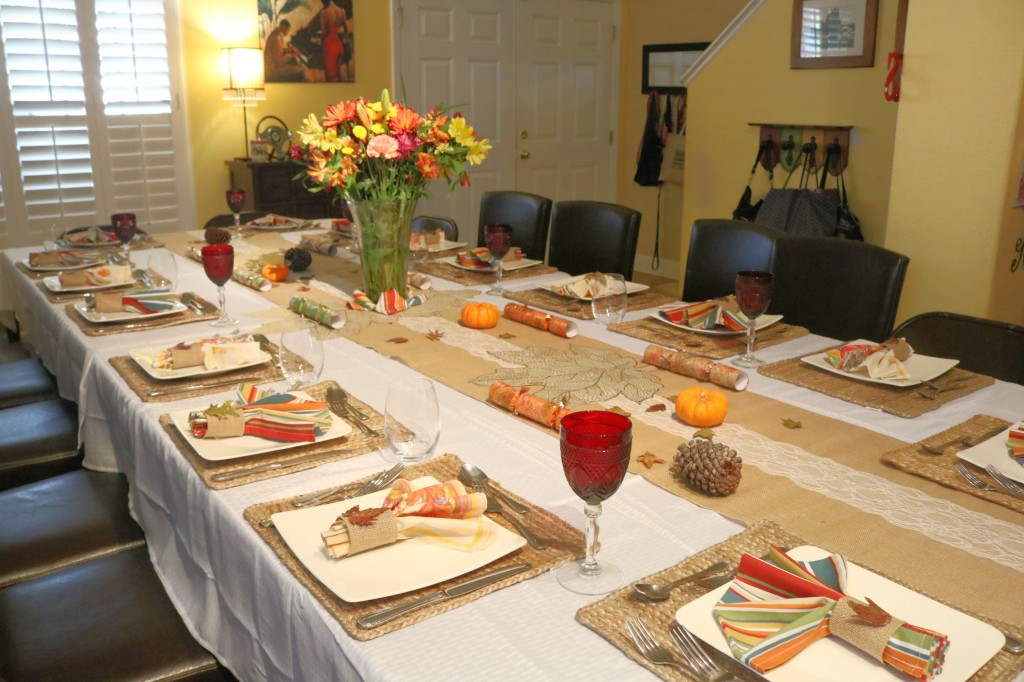 Frugal and Thrifty Thanksgiving Tablescaping
