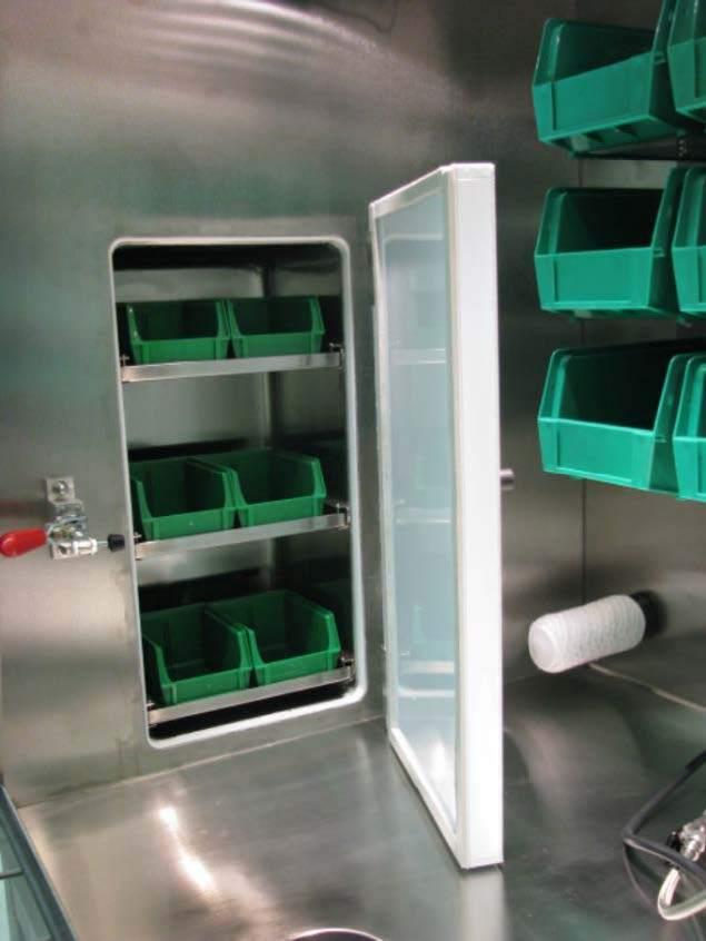 FR-120, FR-121, FR-122 Large Square Freezer