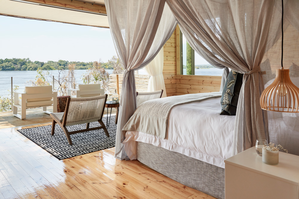 Starbed Treehouse - River view