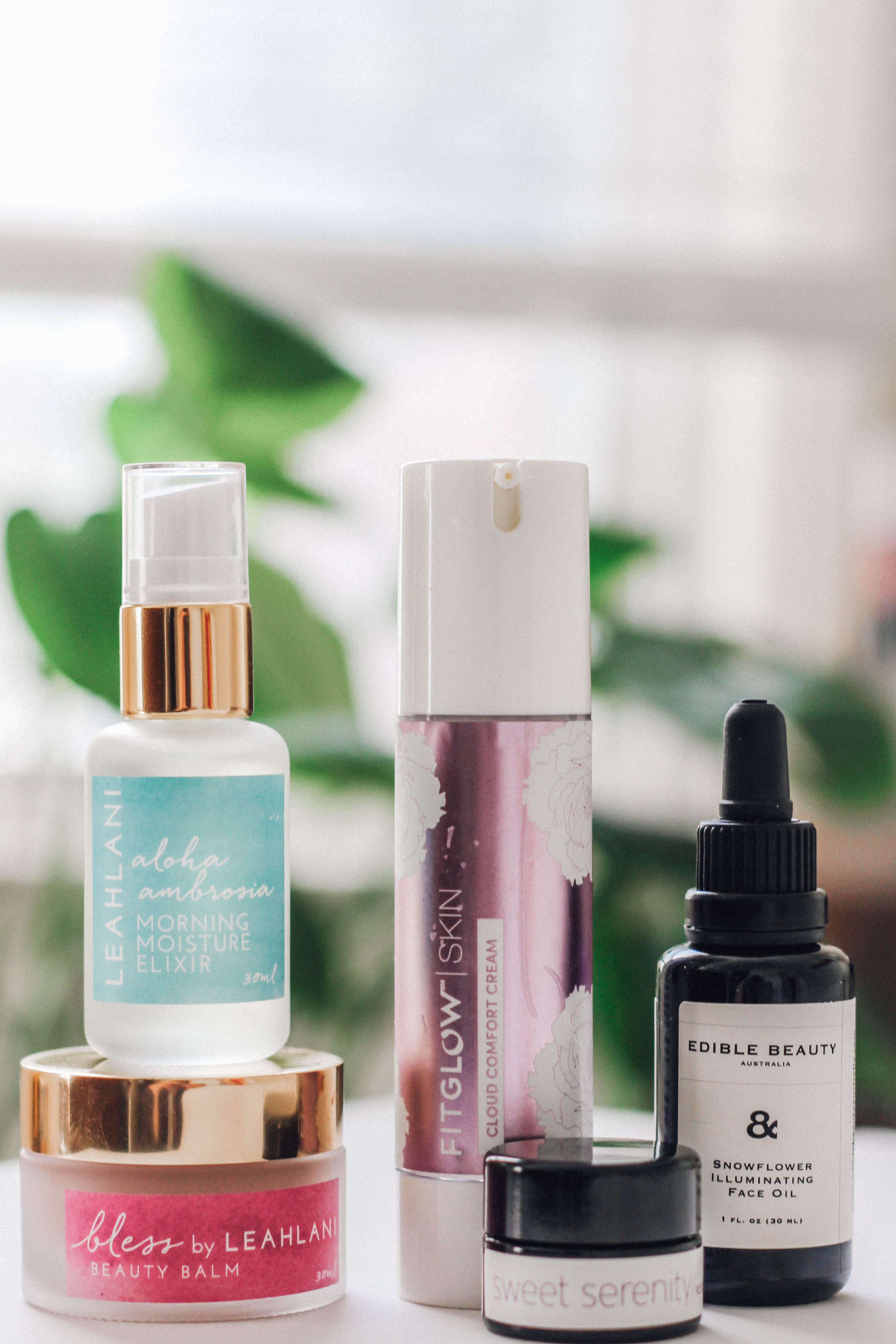 MONTHLY MUST-HAVES: 5 SERUMS FOR DRY SKIN