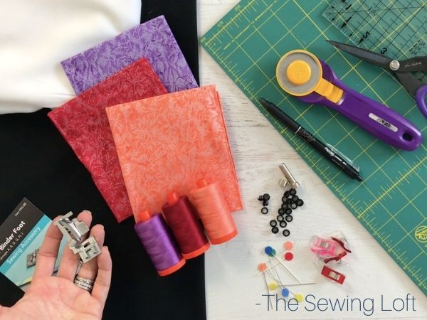 This jewelry bag is simple to make and only needs a few simple materials. Watch the free video for step by step instructions from Heather at The Sewing Loft.