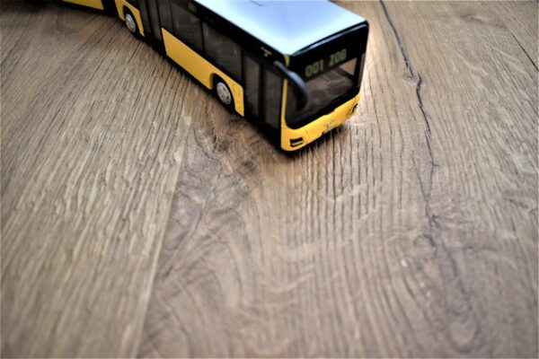 Quality Elegant Handcrafted oak Engineered wood flooring European product.