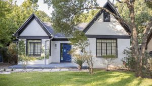 How To Set Your Asking Price When Selling a Home in Austin
