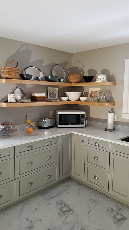 Kitchen blend modern and traditional grey cabinets
