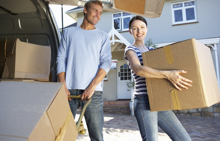 33569988 - couple moving house