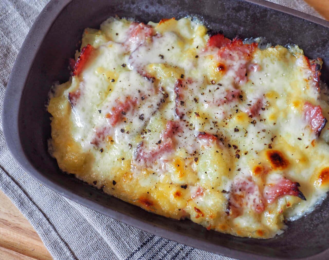Cheesy Turkey Bacon and Potato Bake