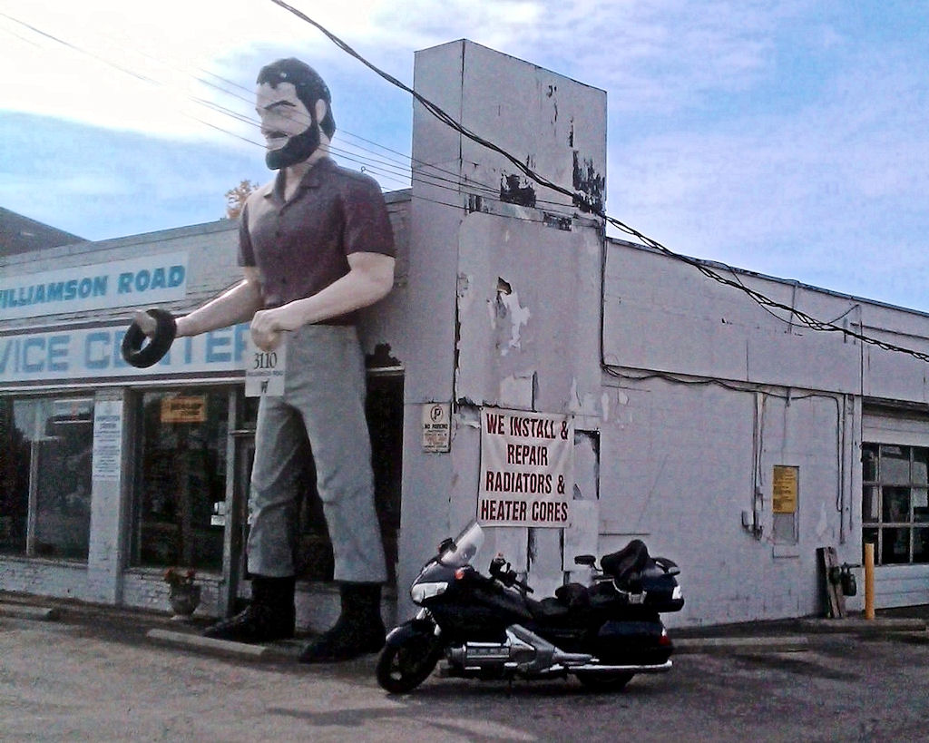 Roanoke Muffler Man
