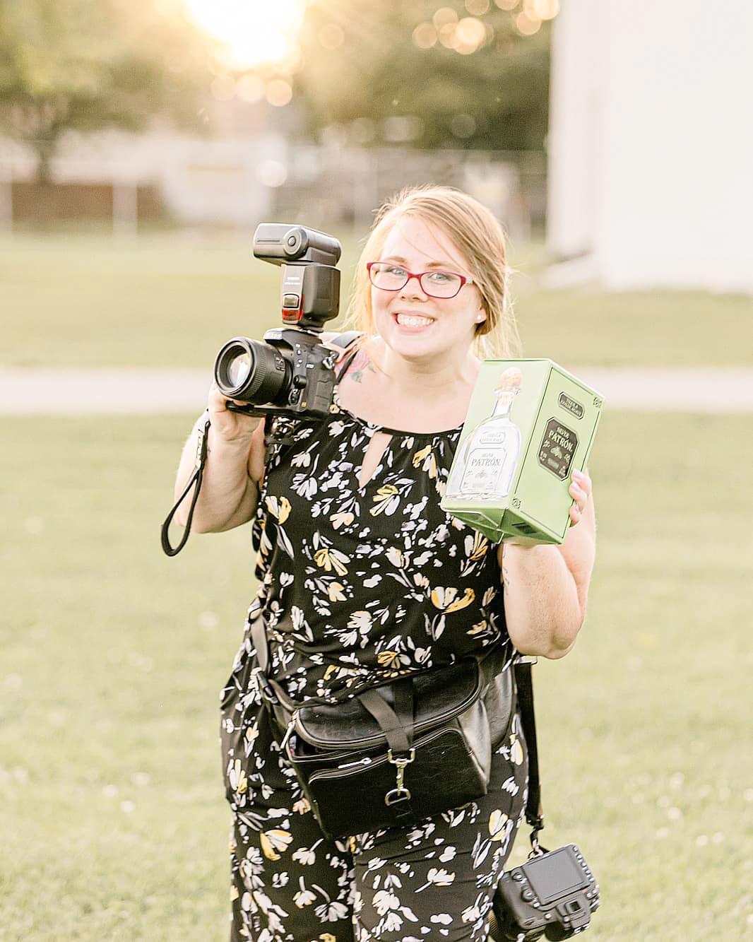 LINDSAY-ADKINS-PHOTOGRAPHY-MICHIGAN-WEDDING-PHOTOGRAPHER-MICHIGAN-WEDDING-PHOTOGRAPHY