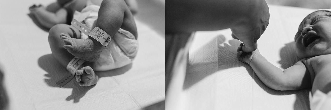 newborn feet toes hands after birth