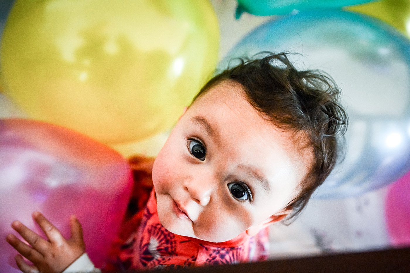 toddler girl in crib with birthday balloons yucaipa redlands family photograper