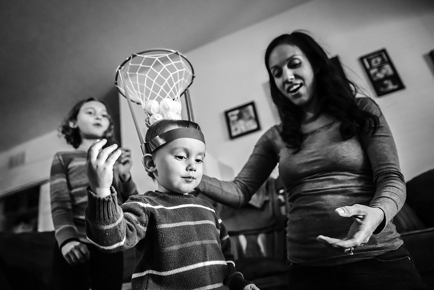 toddler and sister playing game day in the life redlands family photography
