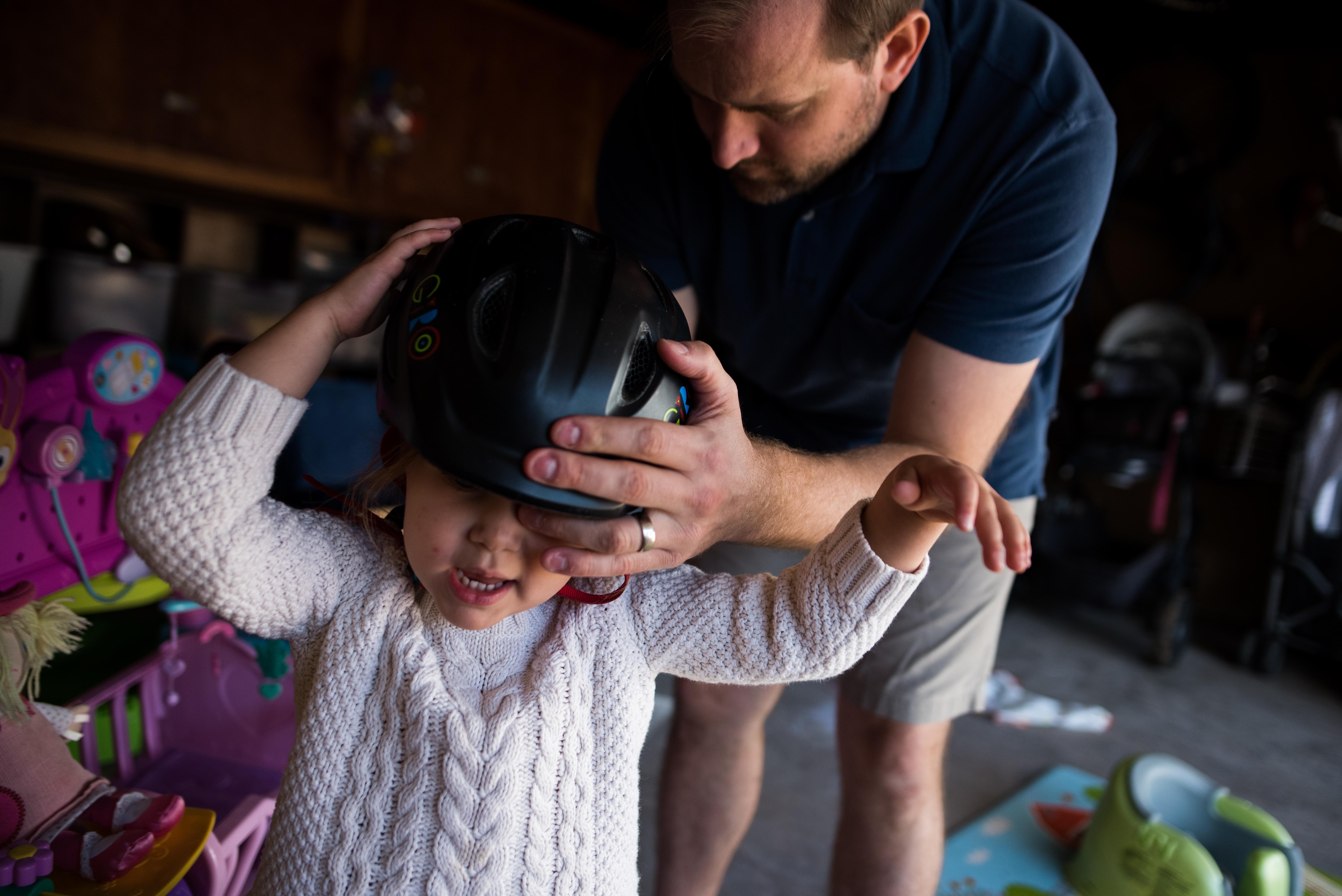 family storytelling dad toddler