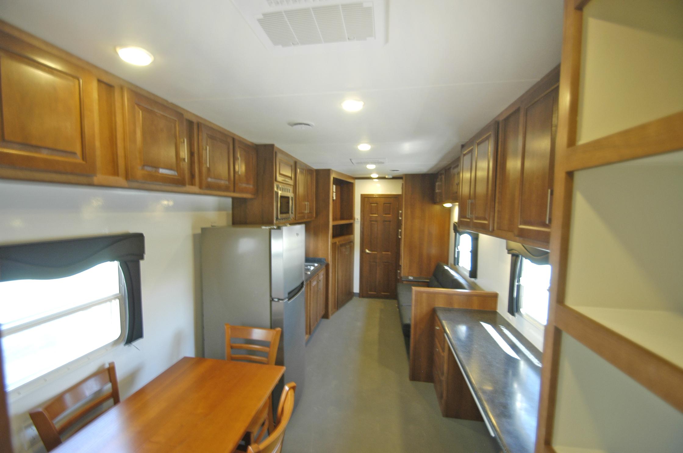 supervisor trailer living quarters