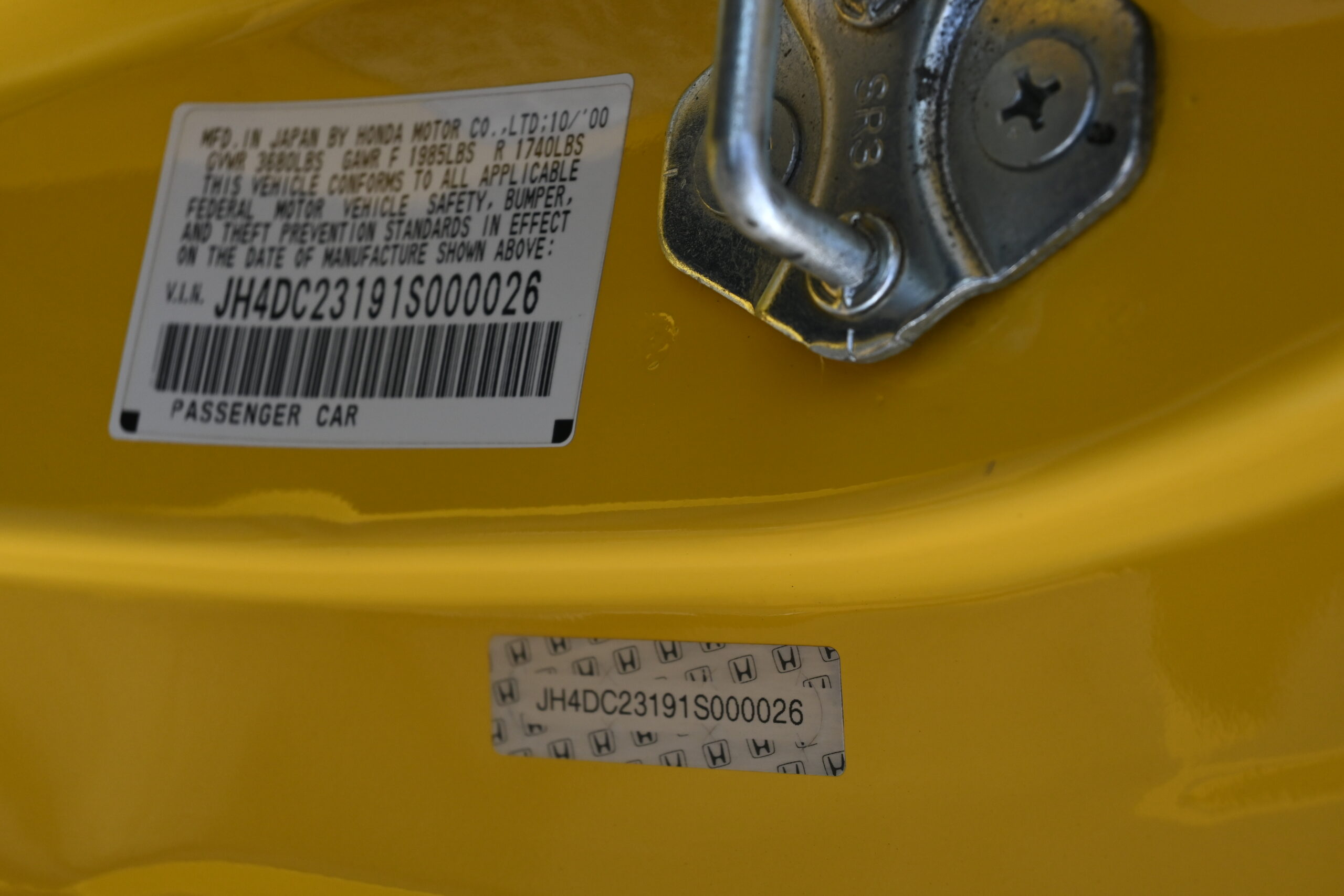 2001 Acura Integra Type R Rare Phoenix Yellow / Original Paint / 100 % Stock/ 87k Original Miles /Like NEW