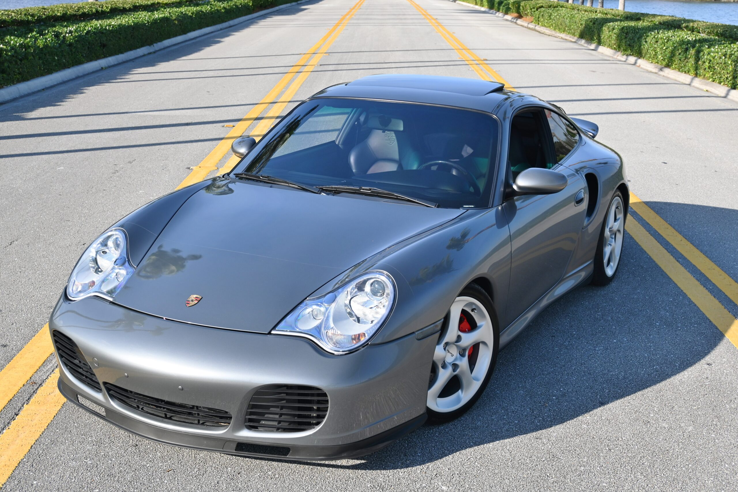 2001 Porsche 911 996 Turbo ONLY 11K MILES -Manual-Fully Loaded Factory Carbon-Sport Seats- Crazy Documented