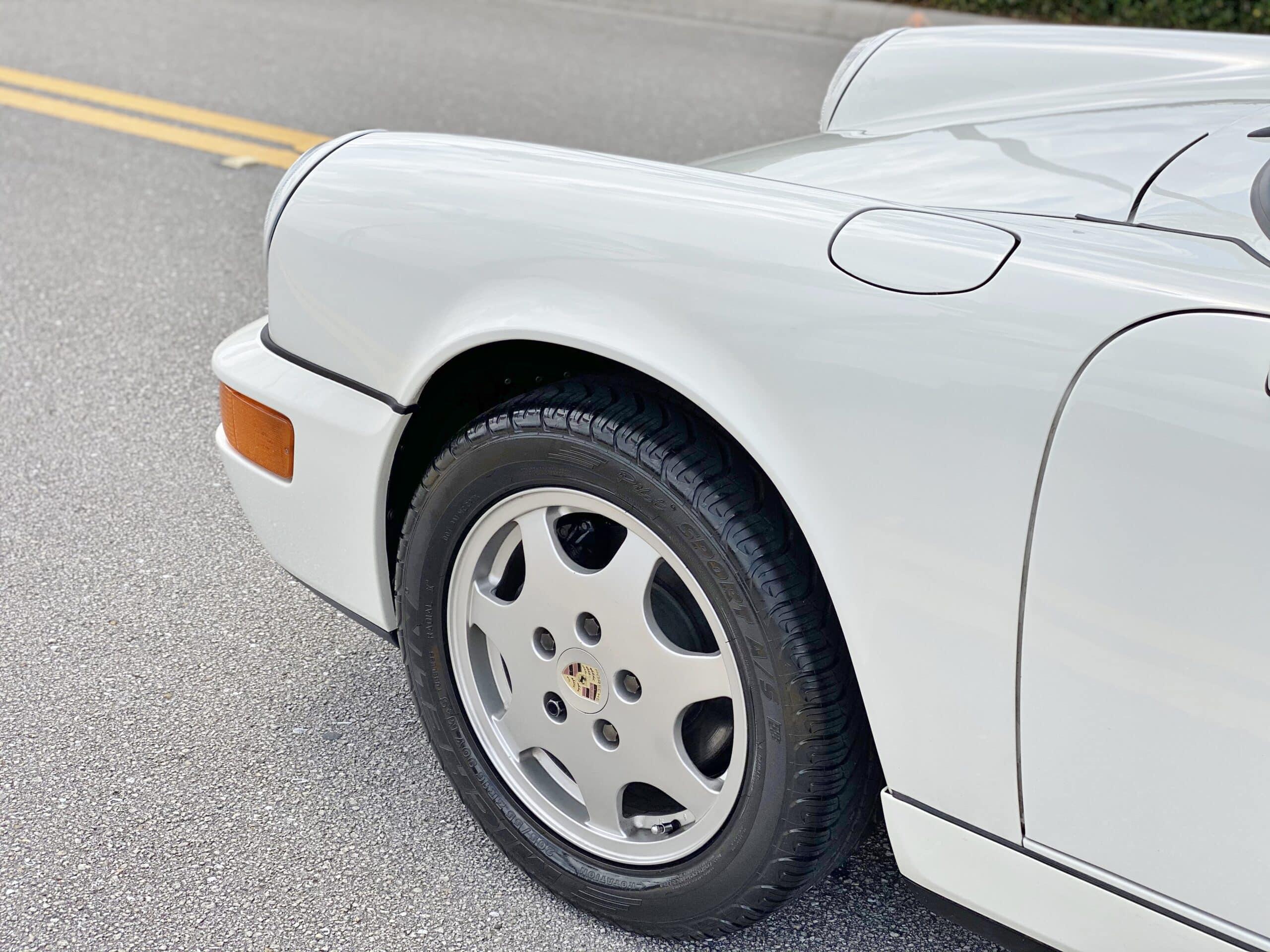 1990 Porsche 911 964 Carrera 2 GP White C2 / G50 5 Speed Manual / Texas Native / Service records /Clean history