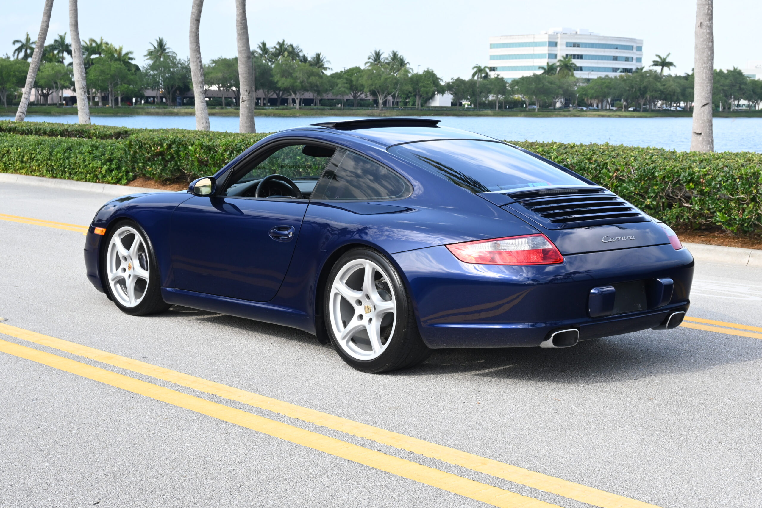 2007 Porsche 997 Carrera, 14K original authentic one owner miles. Florida Car, Service records, fresh inspection