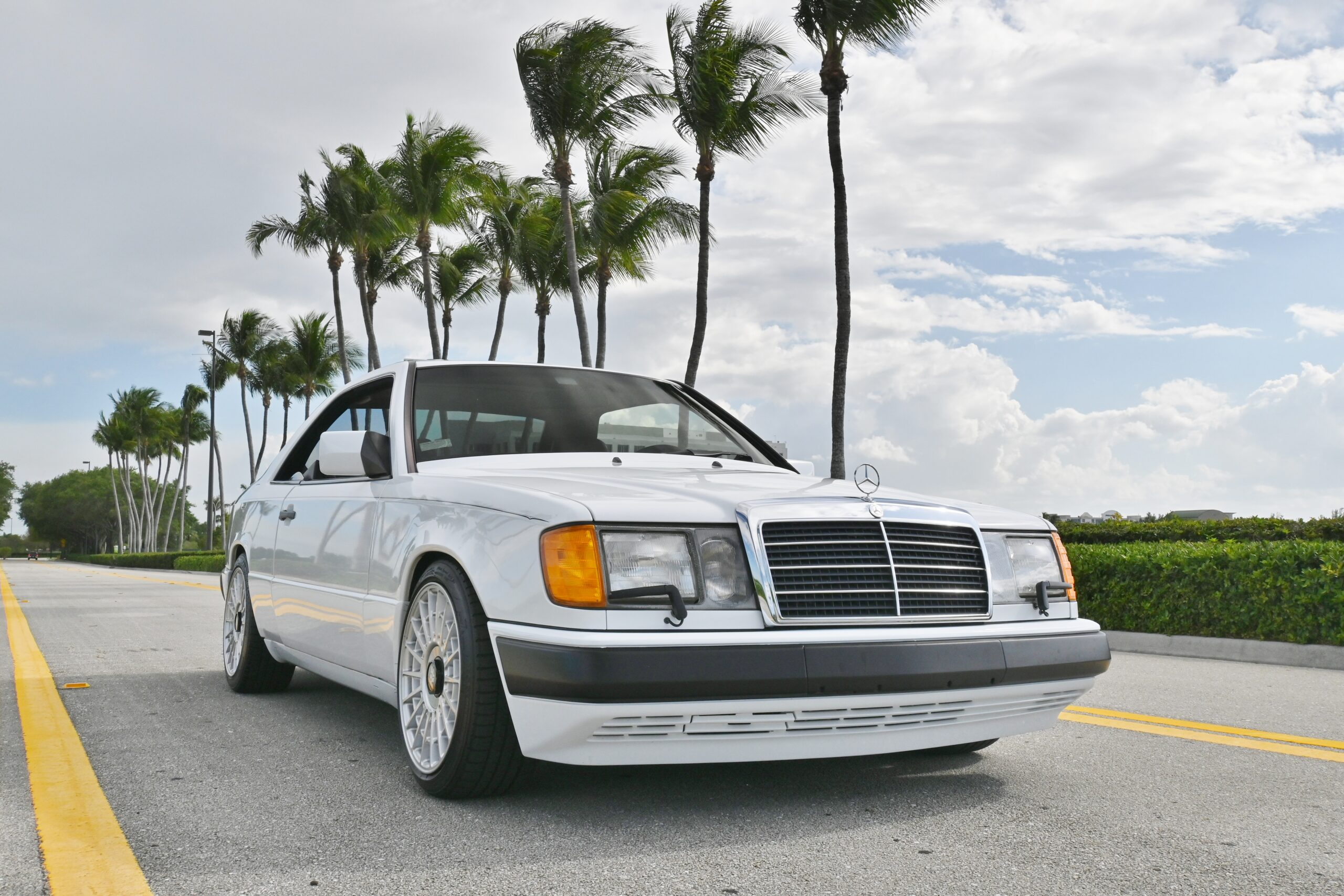 1989 Mercedes-Benz W124 300CE Cleanest 300CE in existence! $40,000 Restoration With Reciepts – Only 63k Miles