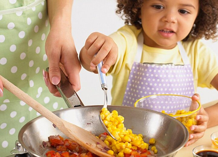Why You Should Make Meals With Your Children
