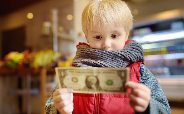 Why Giving An Allowance Isn't An Ideal Way To Raise Kids