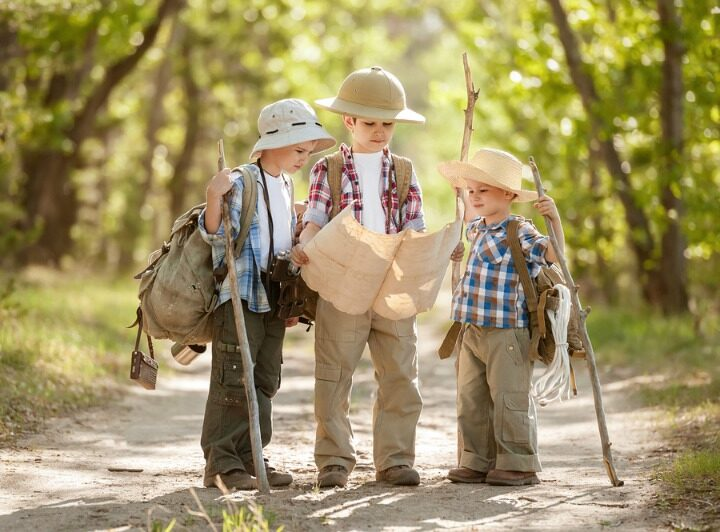 Seven Fun Games To Play While Hiking