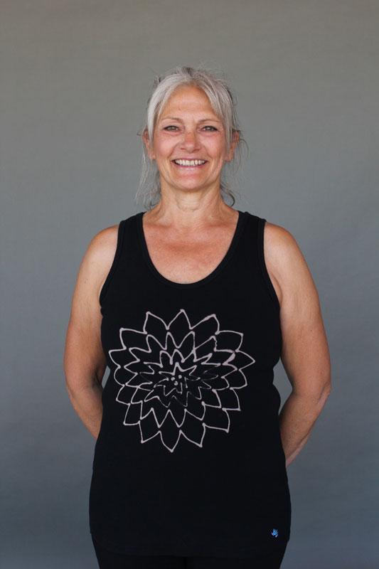 Open Lotus Yoga Tank Top - Black by Blue Lotus Yogawear