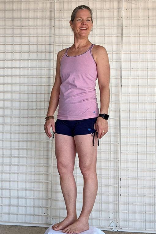 """Brazilian Butt Lift"" Yoga Short- Indigo Organic Cotton Outfit y Blue Lotus Yogawear"