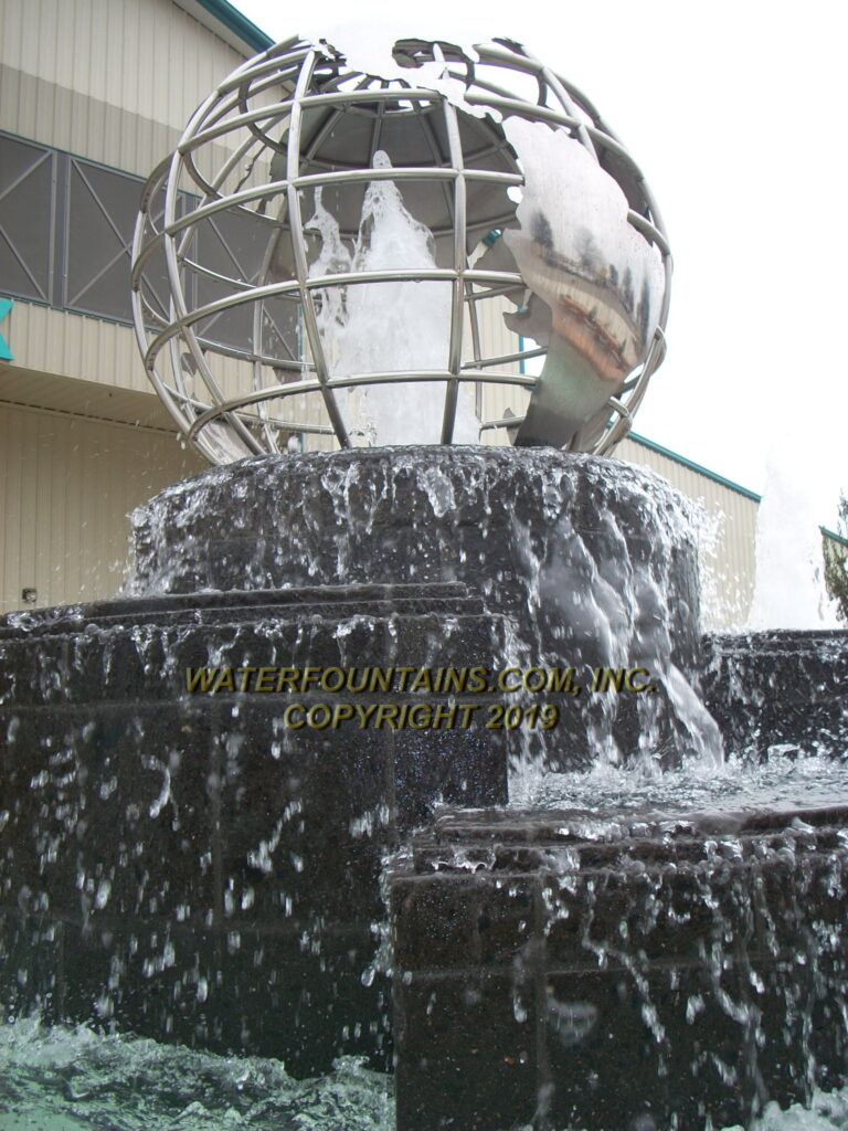STAINLESS STEEL SPHERE BALL FOUNTAIN - 010