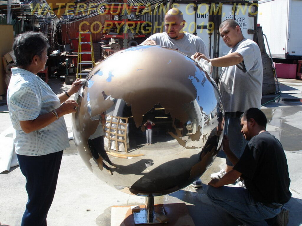 STAINLESS STEEL SPHERE BALL FOUNTAIN - 069