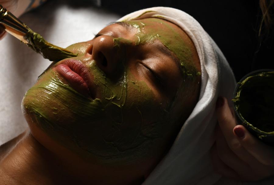 Seaweed Detox Facial