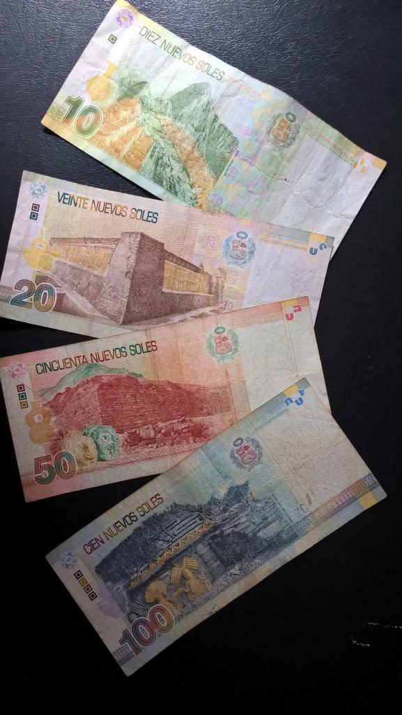 Money in Peru information