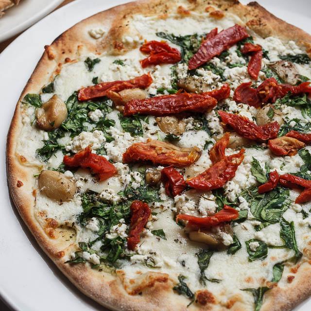 Louisiana Pizza Kitchen's Roasted Garlic Pizza