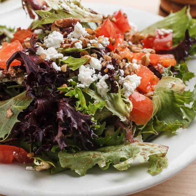 Louisiana Pizza Kitchen's Goat Cheese & Pecan Salad