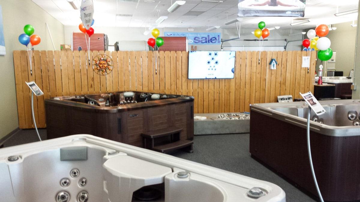patio-splash-showroom