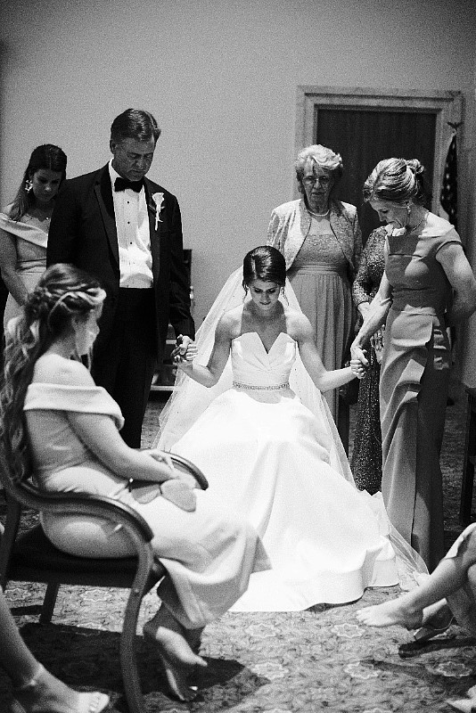 Wedding Bliss Events Planning - Makeup, hair, dresses, Ceremony