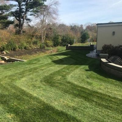 Mockingbird Restaurant and Function Hall Lawn Maintenance
