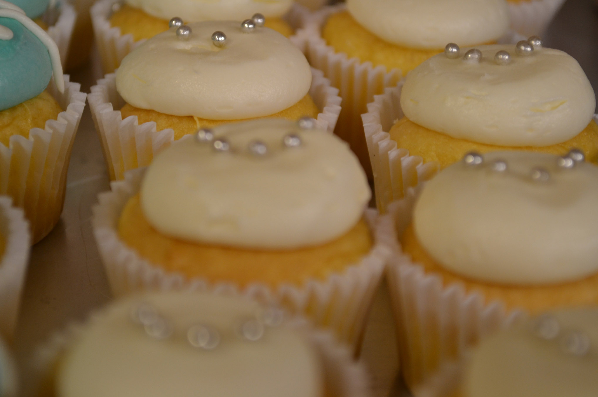 Dolcery-Desserts-wedding-cupcakes