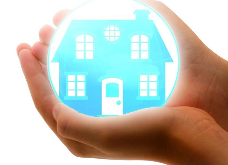 home bubble in hand