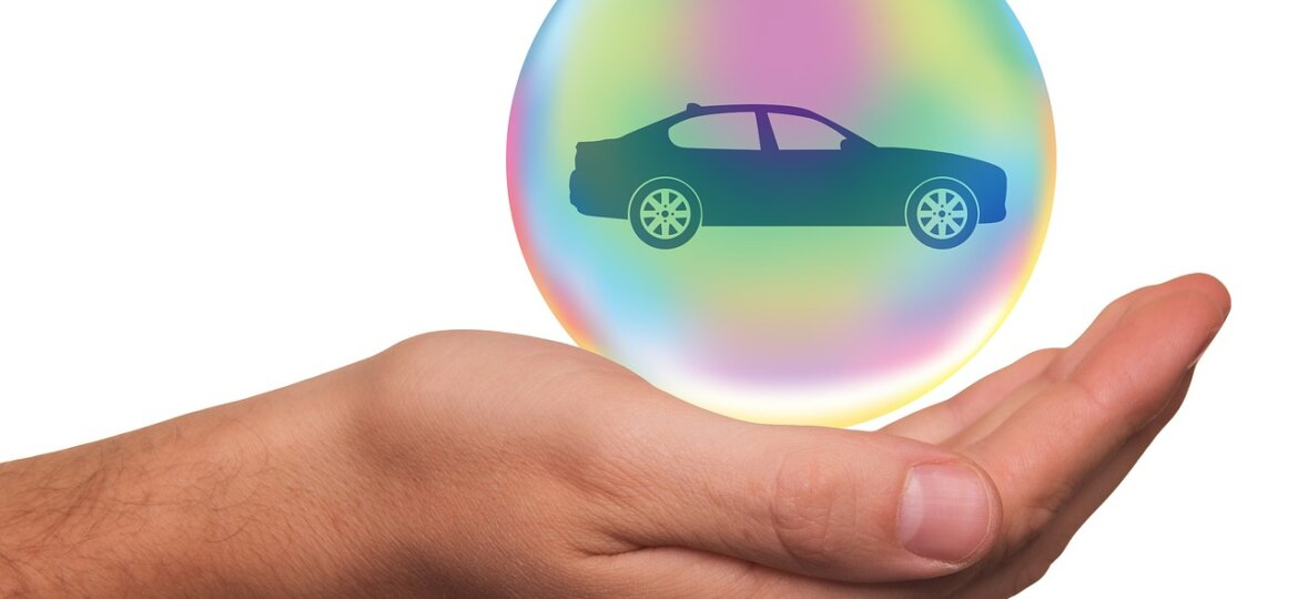 Hand with bubble car