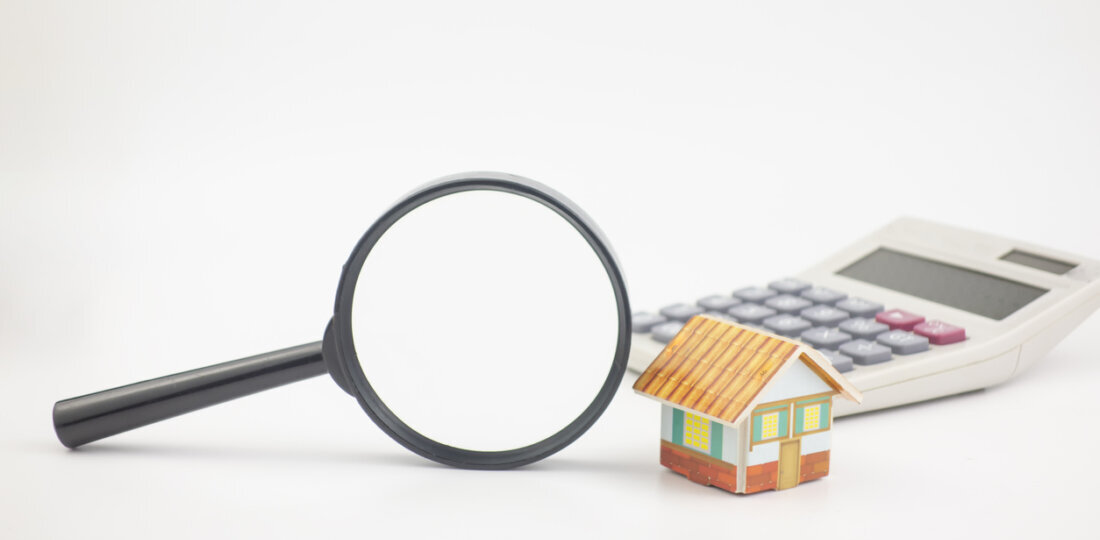 Magnifying glass home