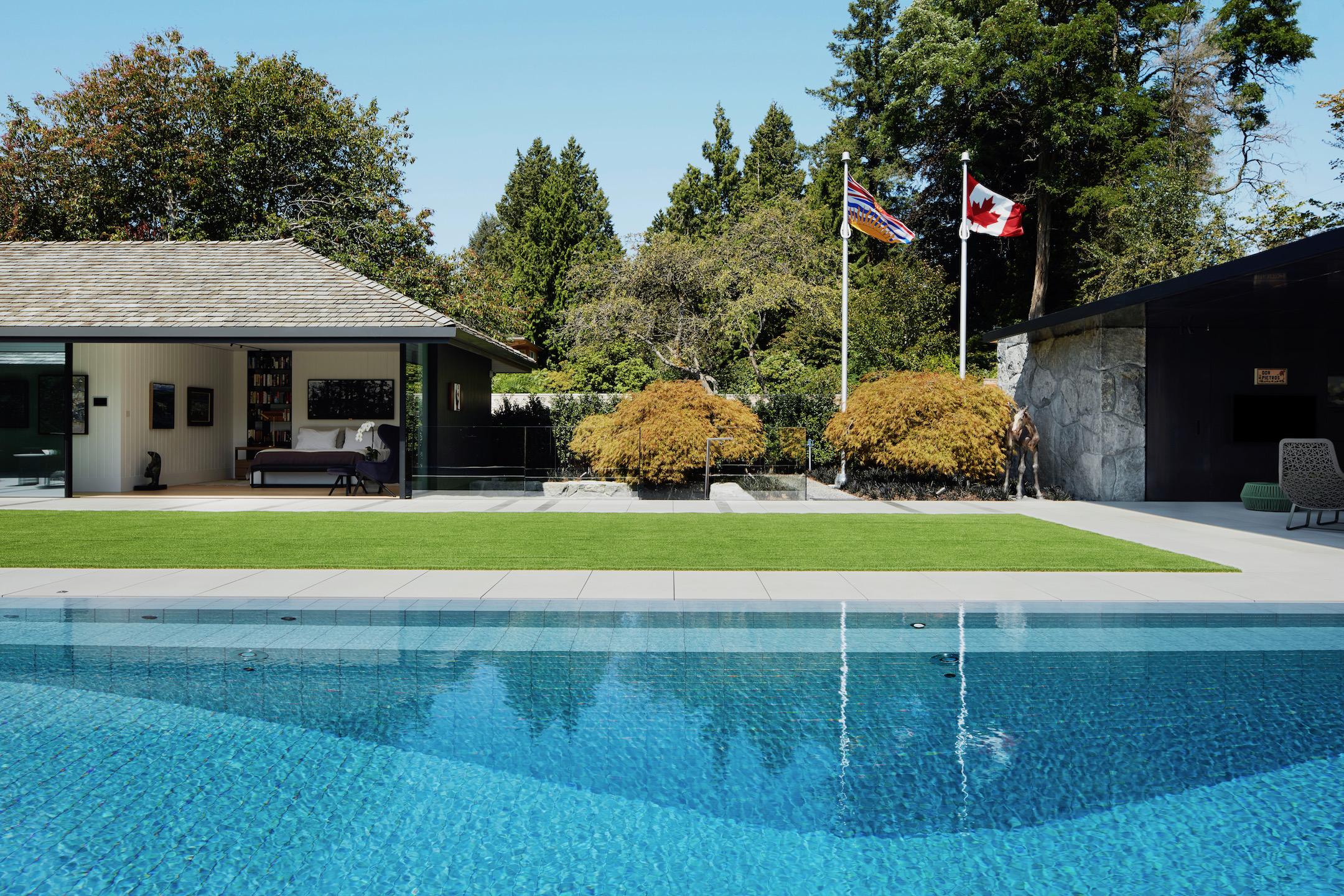 South Vancouver Estate 14